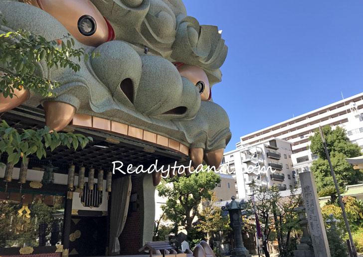 namba-yasaka-shrine,osaka