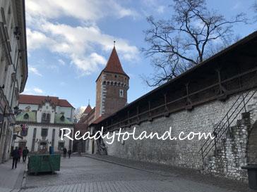 Barbakan i Brama Floriańska, Krakow