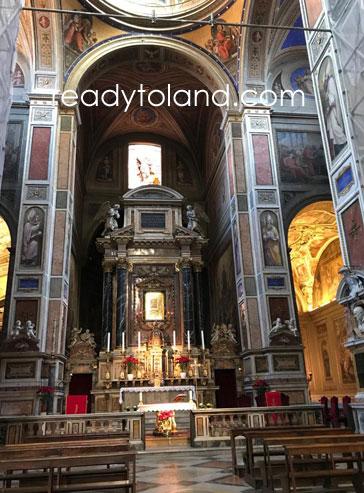 サンタ・アゴスティーノ教会、ローマ